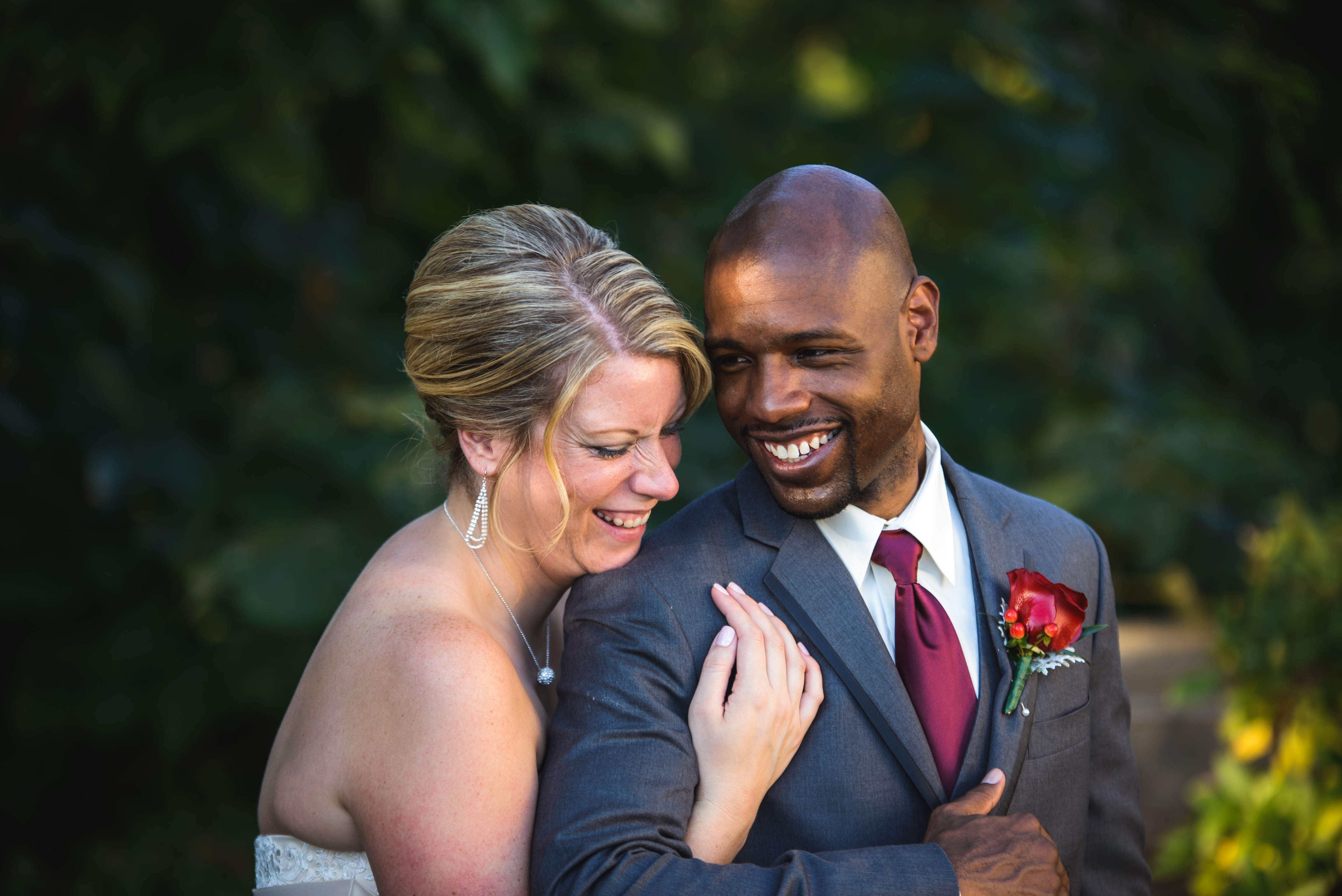 candid documentary wedding coverage