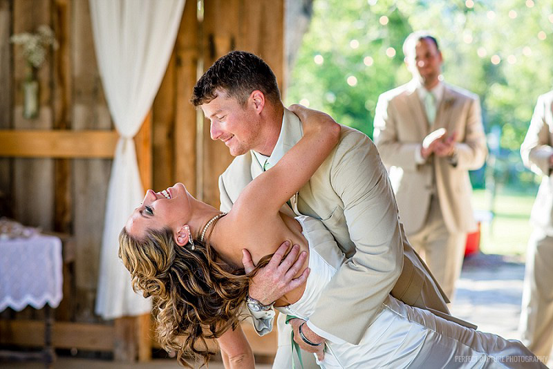 Chattanooga wedding photography - real barn wedding
