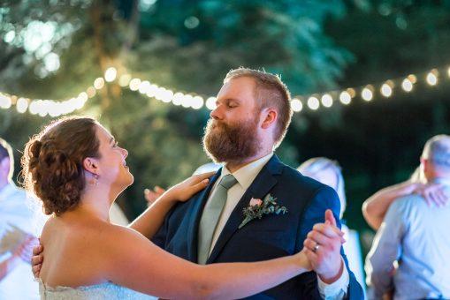 Norris Lake Destination Wedding   Tim & Lizzy